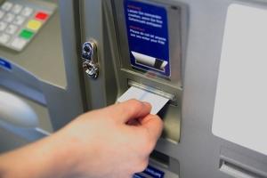 card sanatate bancomat